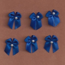 6 - Small Royal Blue Bows/w Beads 293