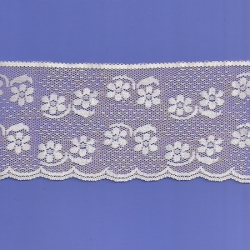 """100 Yds  4"""" Spool Ivory Scalloped Lace   4302"""